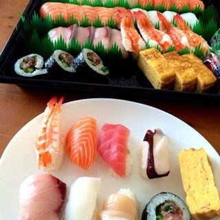 握り寿司(コストコホールセール  新三郷店 ベーカリー (COSTCO))