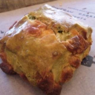 抹茶とホワイトチョコのスコーン(ゴントラン シェリエ 渋谷店 (GONTRAN CHERRIER))