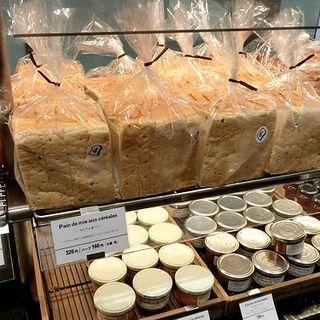 セレア食パン(ゴントラン シェリエ 福岡パルコ店 (GONTRAN CHERRIER))