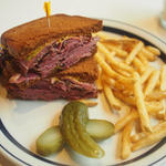 ニューヨークパストラミサンドイッチ