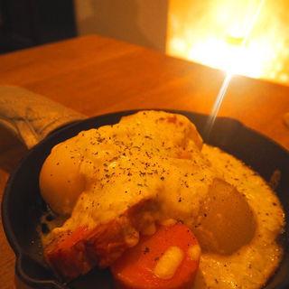 冬野菜のクリームグラタン(サックスブルーダイナー (Saxebleudiner))