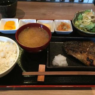 焼き魚定食(すけ蔵 )