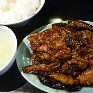 茄子豚ピリ辛味噌炒め定食(ちょもらんま酒場 恵比寿東口店)