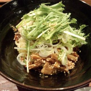 汁なし坦々麺:熱盛り(小盛り:200g)(つけ麺屋しずく )