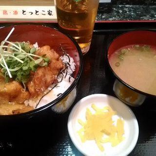 Bセット(鶏唐あんかけ丼、みそ汁、たくわん)(とっとこ家 )