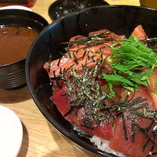 中トロ丼(ととや ((魚問屋)))