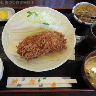 ロースとんかつ定食 150g(とんかつ 播 三木店 (トンカツ バン))
