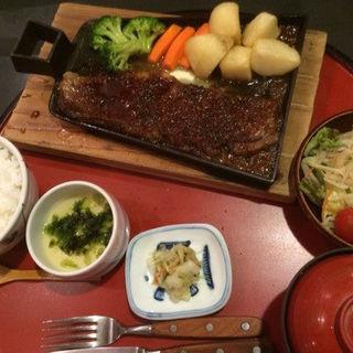 黒毛牛ステーキ御膳(なすび総本店 )