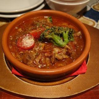 牛肉のトマト煮(ナポリ )