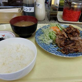 焼き肉定食(なりこま家 (なりこまや))