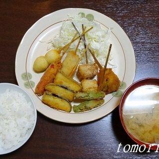 串カツ定食(なんでやねん )