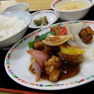 酢豚定食(ニイハオ!ポンユウ (您好! 朋友))