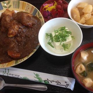 唐揚げカレー定食(はつね)