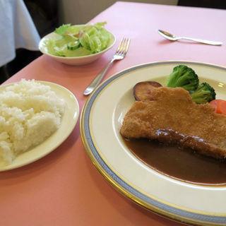 神戸ポークのロース豚肉 ポークカツランチ(ハナワグリル (HANAWA GRILL))