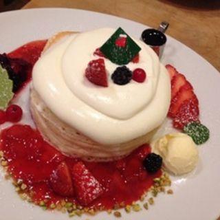 ジャージークリームのパンケーキ(パンケーキママカフェ VoiVoi (ヴォイヴォイ))