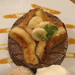 焼きバナナとバナナアイスのパンケーキ