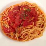 魚介類のトマトソーススパゲティランチ