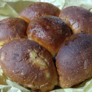 オレンジとレーズンのパン(ぱん屋 やまなか)