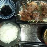 鶏もも肉の竜田揚げ定食