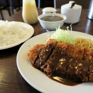 トンカツ定食(中ライス)(ひらおか)