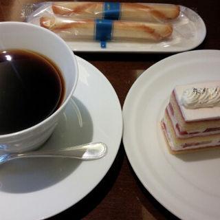 ケーキset(ブルー・ブリック・ラウンジ (BLUE BRICK LOUNGE))