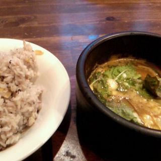 きのこチーズのスープカレー(ブンブカフェ (bumbu cafe))