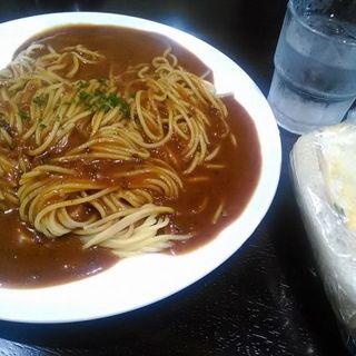 カレーパスタ(大盛り)(ベーカリーカフェさくらんぼ)