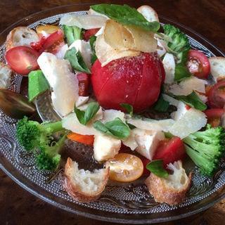 トマトとチーズのサラダ(ベガーズハーレム)