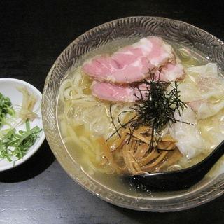 冷やし煮干ワンタン麺(ヘルズキッチン )