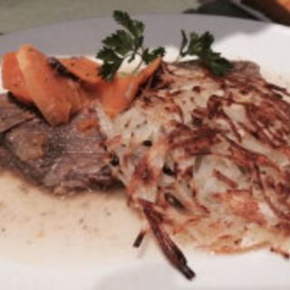牛肉(ホイリゲ葡萄舎 (ぶどうや))