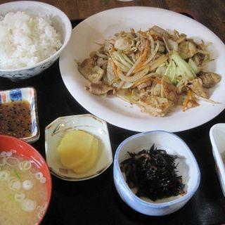 ホルモン定食(ポスト (POST))