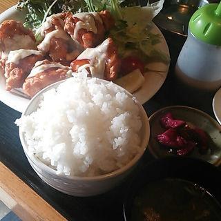 チキン南蛮定食(ホルモン焼 竹のこ )