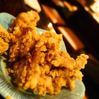 鶏の唐揚げガーリック  小(ます家 芝大門店 )
