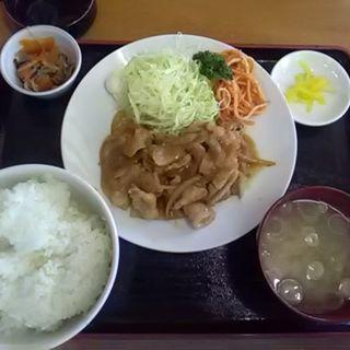 豚バラ生姜焼き定食(まる久食堂 )