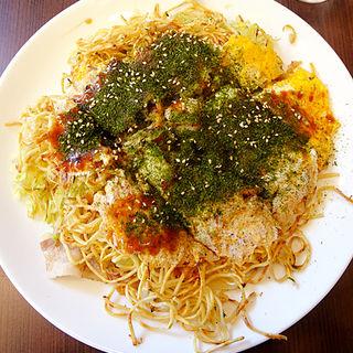 スペシャル(肉玉そば+生イカ・生エビ)(まる麺 白島店 )
