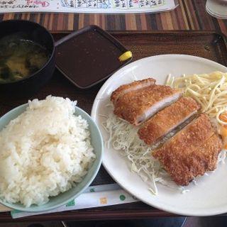 とんかつ定食(まんぷくキッチン )