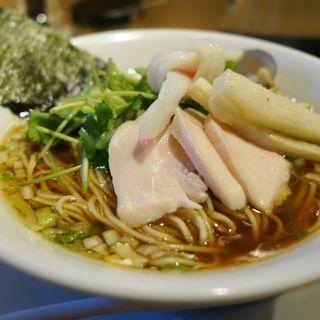 鶏・煮干・蛤のトリプル SOBA(むぎとオリーブ マーチエキュート神田万世橋店)