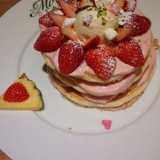 冬のスペシャル原宿の恋人 いちごミルクパンケーキ(モエナ カフェ (Moena CAFE))