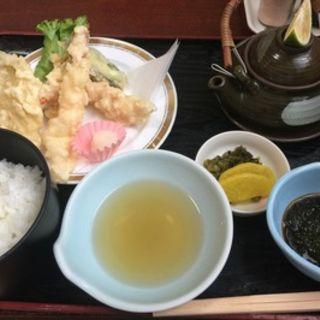 天ぷら定食(やひろ)
