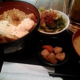 鶏南蛮丼定食(ヤマハチ商店 茶屋町店 (やまはちしょうてん))
