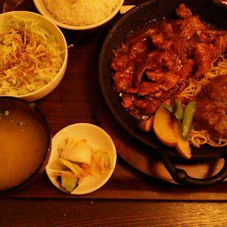 ポークチャップ定食(ヤムヤム 愛国店 (yamyam))