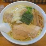 醤油ラーメン(あっさり・太麺)