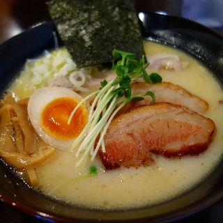 濃厚鶏だし塩ラーメン(特製)(らーめん なが田 )