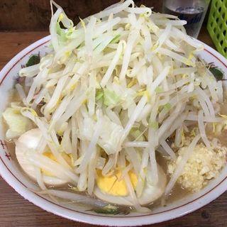 小ブタ(普通盛焼豚)(ニンニク、ヤサイ)+煮玉子(ラーメン二郎 品川店 (らーめんじろう))
