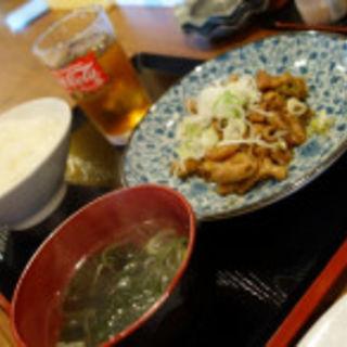 モツ炒め定食(らーめん梵天 日光店 )