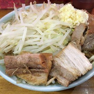 チャーシューメン(ニンニク)(ラーメン髭 (らーめんひげ))
