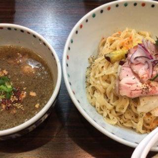ブラウンマッシュルームのポタージュつけ麺(らー麺 あけどや )