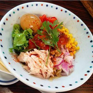 冷味噌カラフルまぜそば+味玉 ※限定 (らー麺 あけどや )