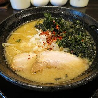特濃煮干豚骨(らぁめん こらぼるた )