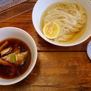 つけ麺(濃厚昆布鰹出汁かけ) (らぁ麺屋 飯田商店 )